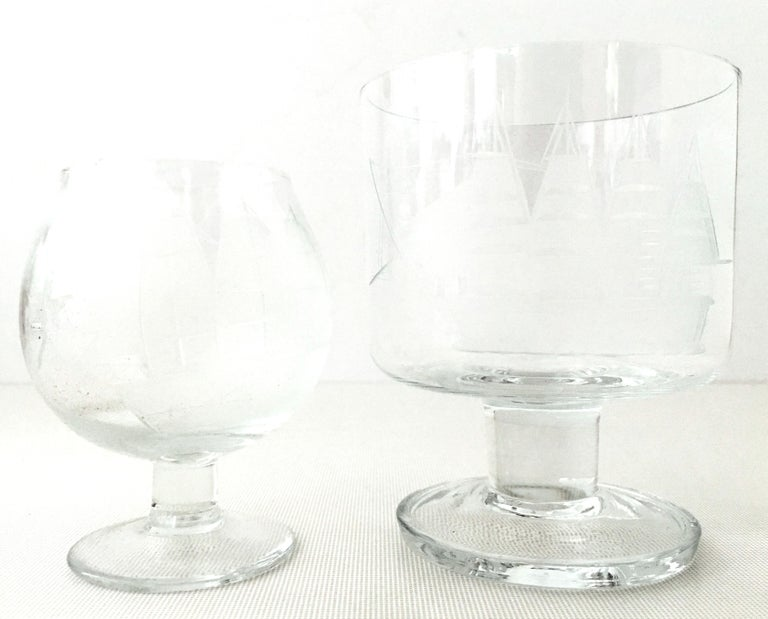 20th Century Etched Blown Glass and Cerused Chrome Wood Tray Drinks Set of 12 For Sale 2