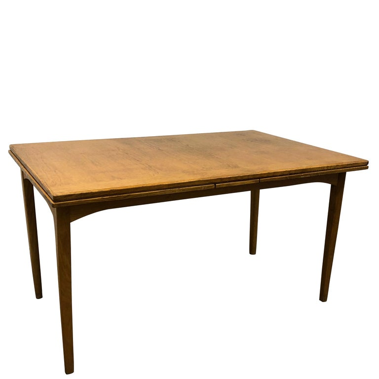 20th Century Extension Table Carl Malmsten For Sale 5
