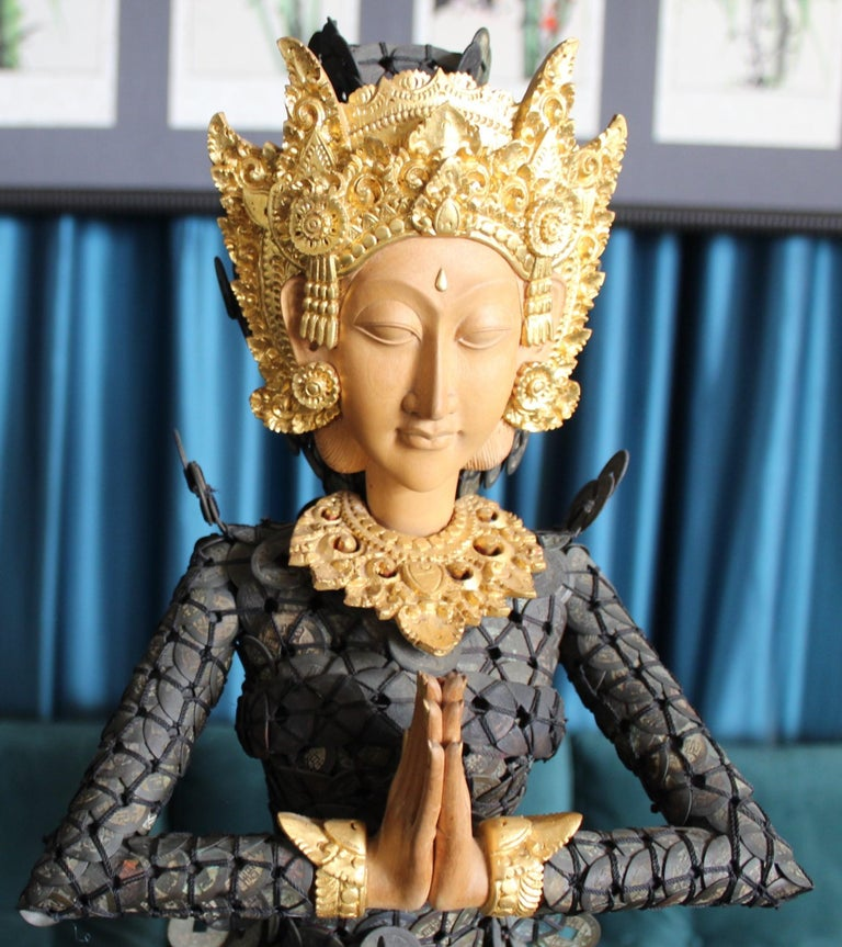 20th Century Figurative Dewi Sri Statue Qing Dynasty Copper Coins and Gold Wood For Sale 6