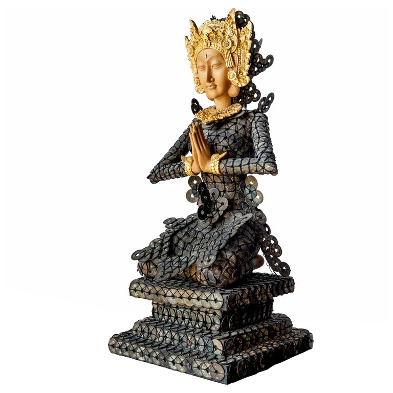 20th Century Figurative Dewi Sri Statue Qing Dynasty Copper Coins and Gold Wood For Sale