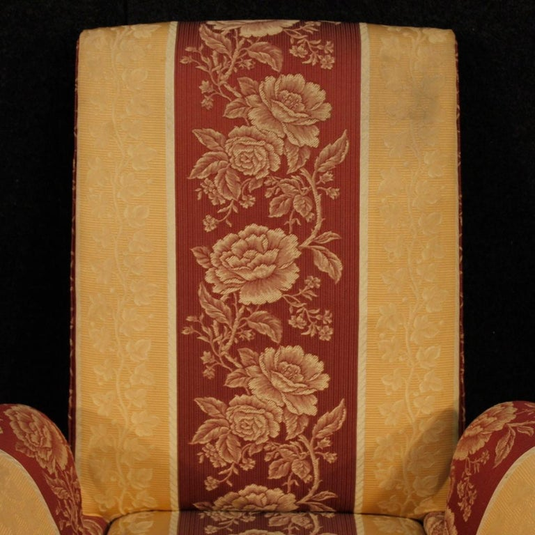 20th Century Floral Fabric and Wood Italian Ulrich Style Design Armchair, 1950 In Good Condition For Sale In Vicoforte, Piedmont