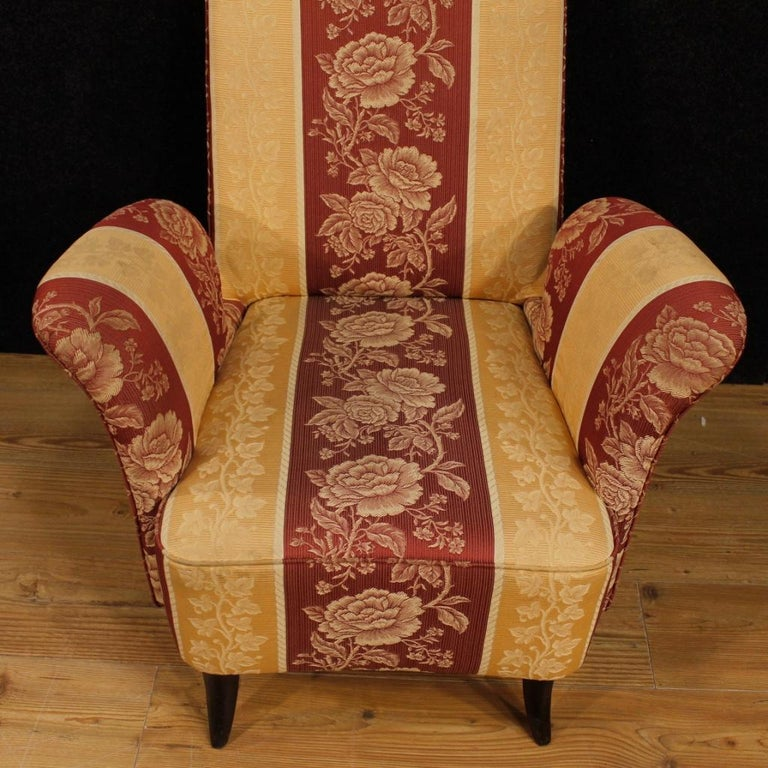 Mid-20th Century 20th Century Floral Fabric and Wood Italian Ulrich Style Design Armchair, 1950 For Sale