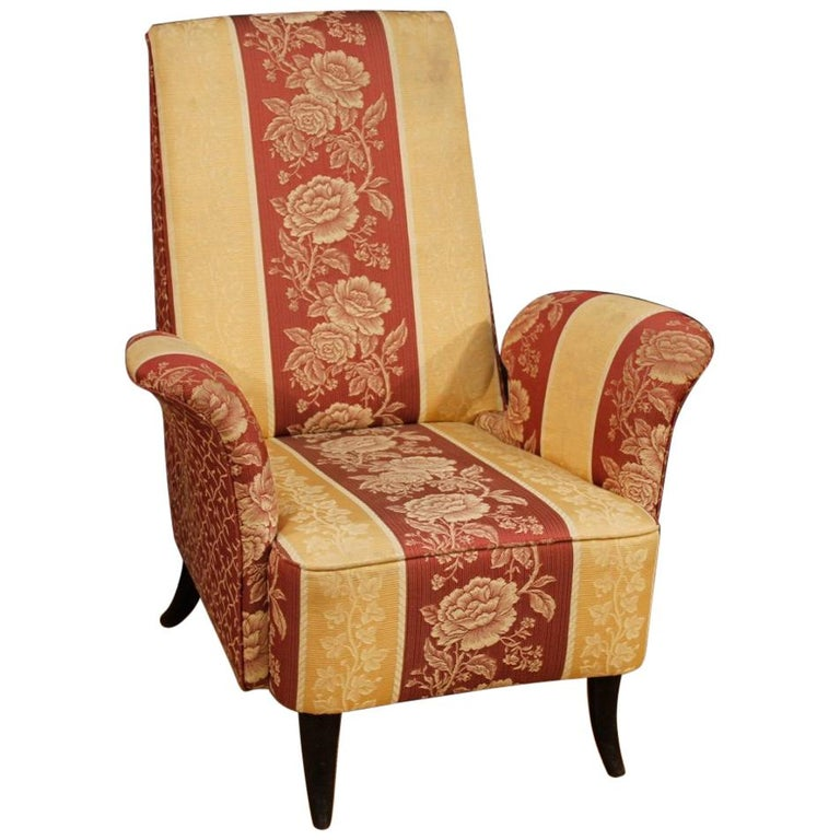 20th Century Floral Fabric and Wood Italian Ulrich Style Design Armchair, 1950 For Sale