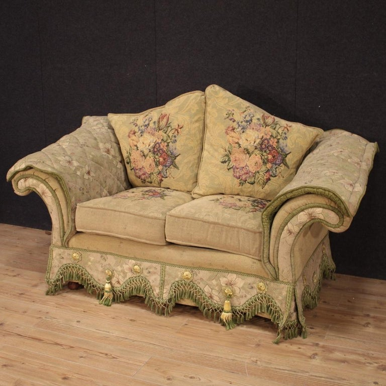 Wondrous 20Th Century Floral Fabric French Sofa 1950 Gmtry Best Dining Table And Chair Ideas Images Gmtryco