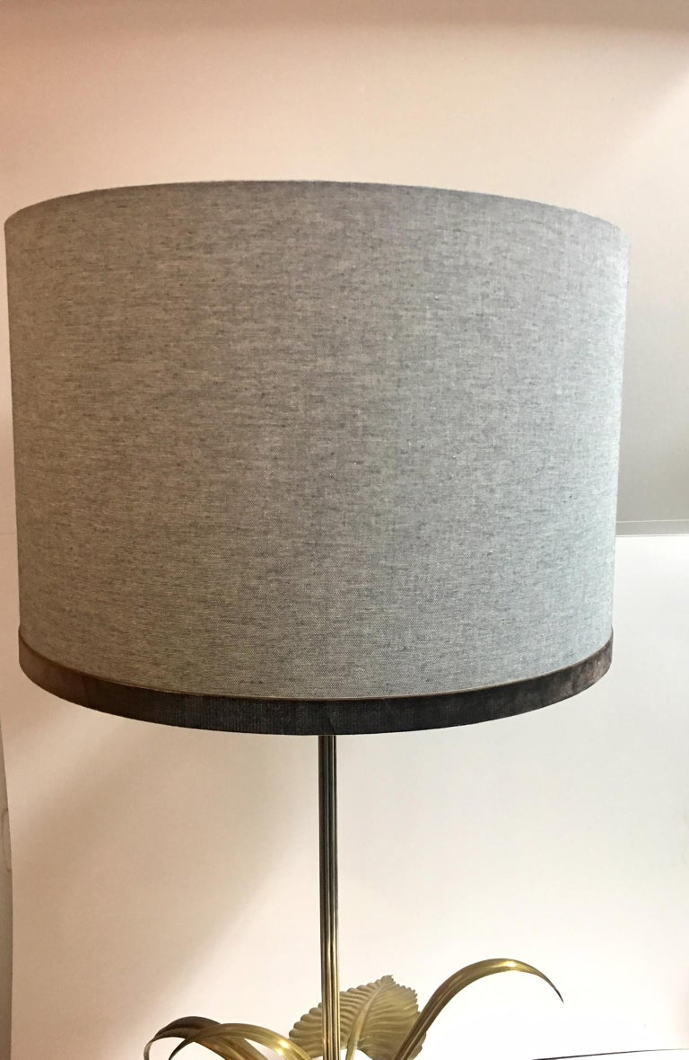 Mid-Century Modern 20th Century Flower Table Lamp For Sale