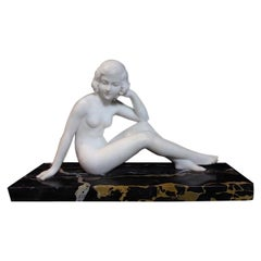 20th Century French Art Deco Marble Women Sculpture, 1930s