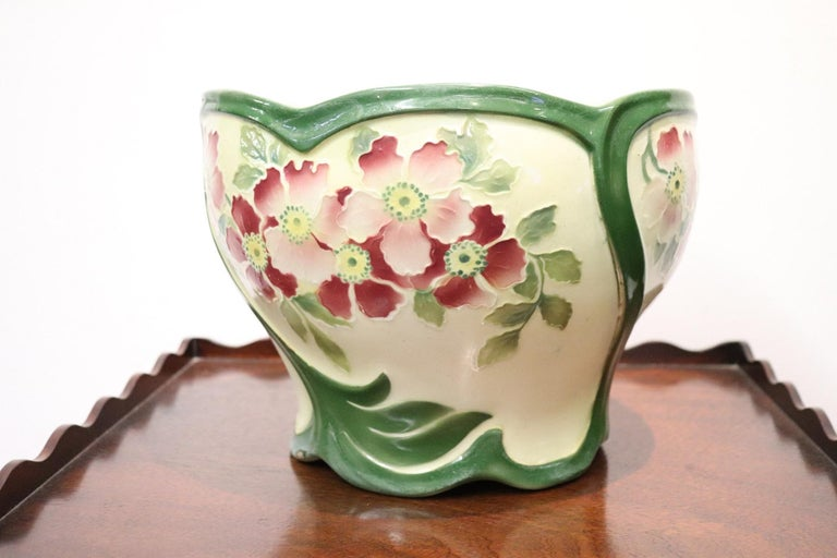 Early 20th Century 20th Century French Art Nouveau Hand Painted Ceramic Cachepot Vase, 1920s For Sale