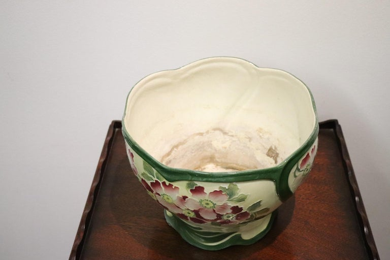 20th Century French Art Nouveau Hand Painted Ceramic Cachepot Vase, 1920s For Sale 1