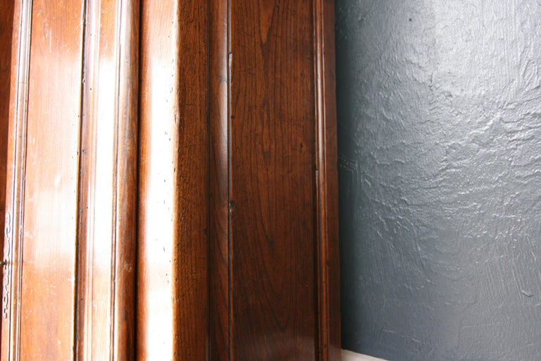 20th Century French Bookcase Cabinet Made of Oak For Sale 10