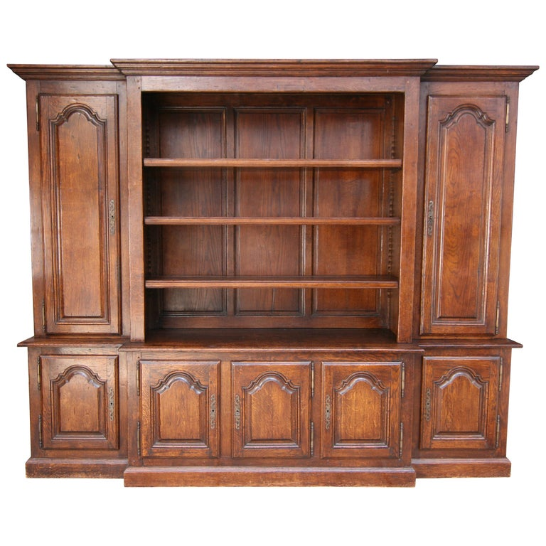 20th Century French Bookcase Cabinet Made of Oak For Sale