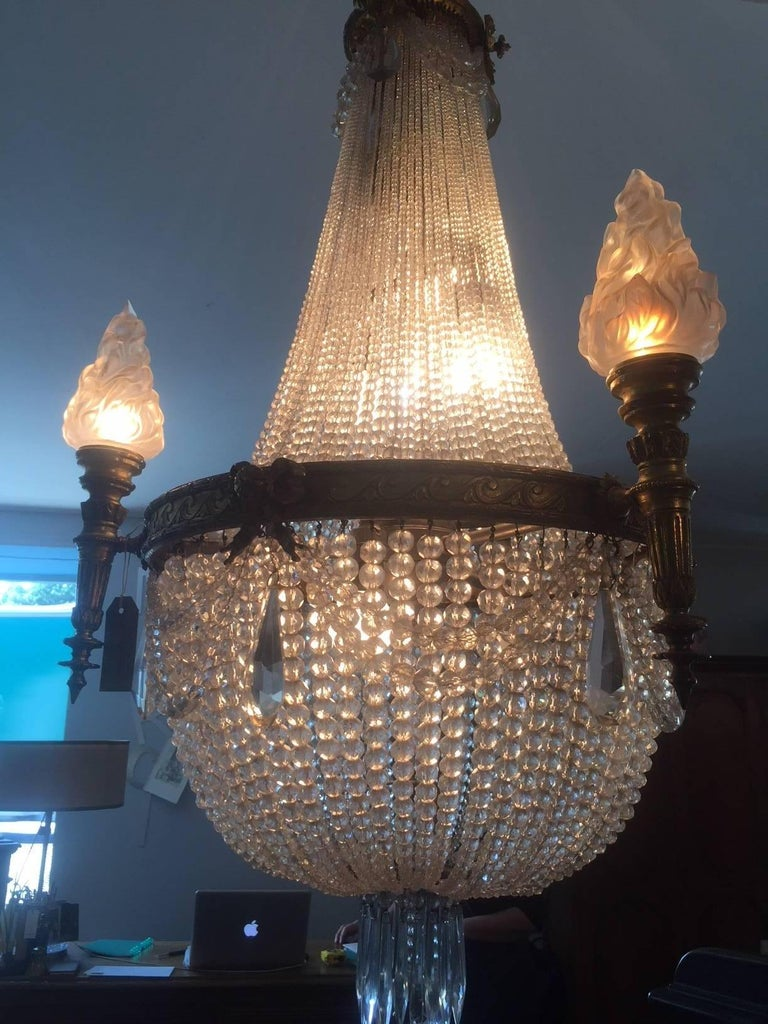 20th Century French Bronze Balloon Chandelier with Cristal and Glass Pendants In Good Condition For Sale In LEGNY, FR