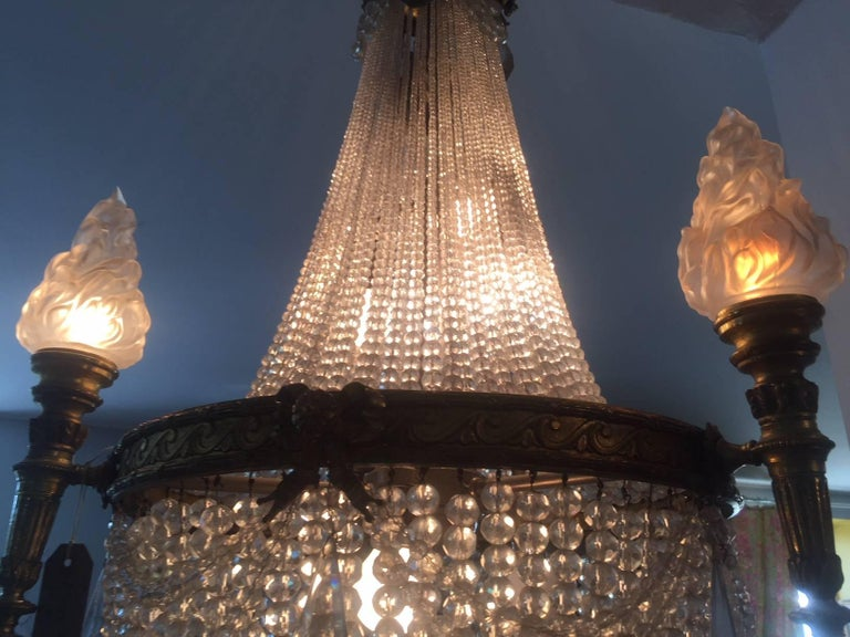 20th Century French Bronze Balloon Chandelier with Cristal and Glass Pendants For Sale 3