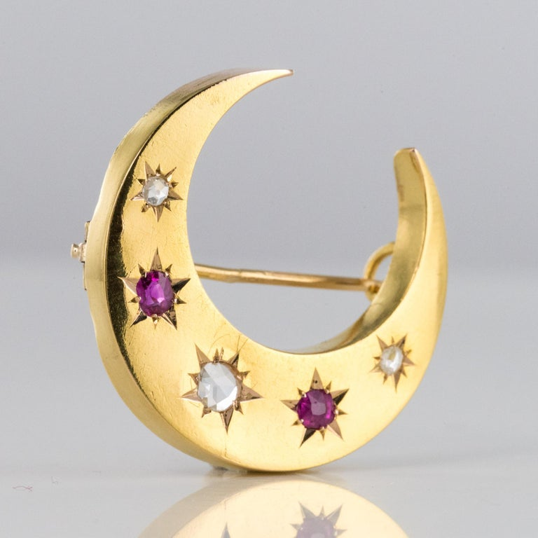 20th Century French Diamonds Ruby 18 Karat Yellow Gold Moon Brooch For Sale 3