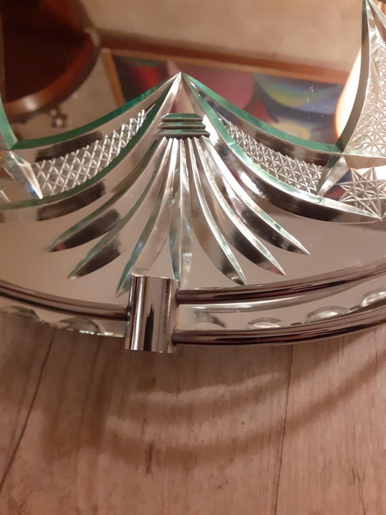20th Century French Engraved Glass Tray, 1950s In Good Condition For Sale In LEGNY, FR