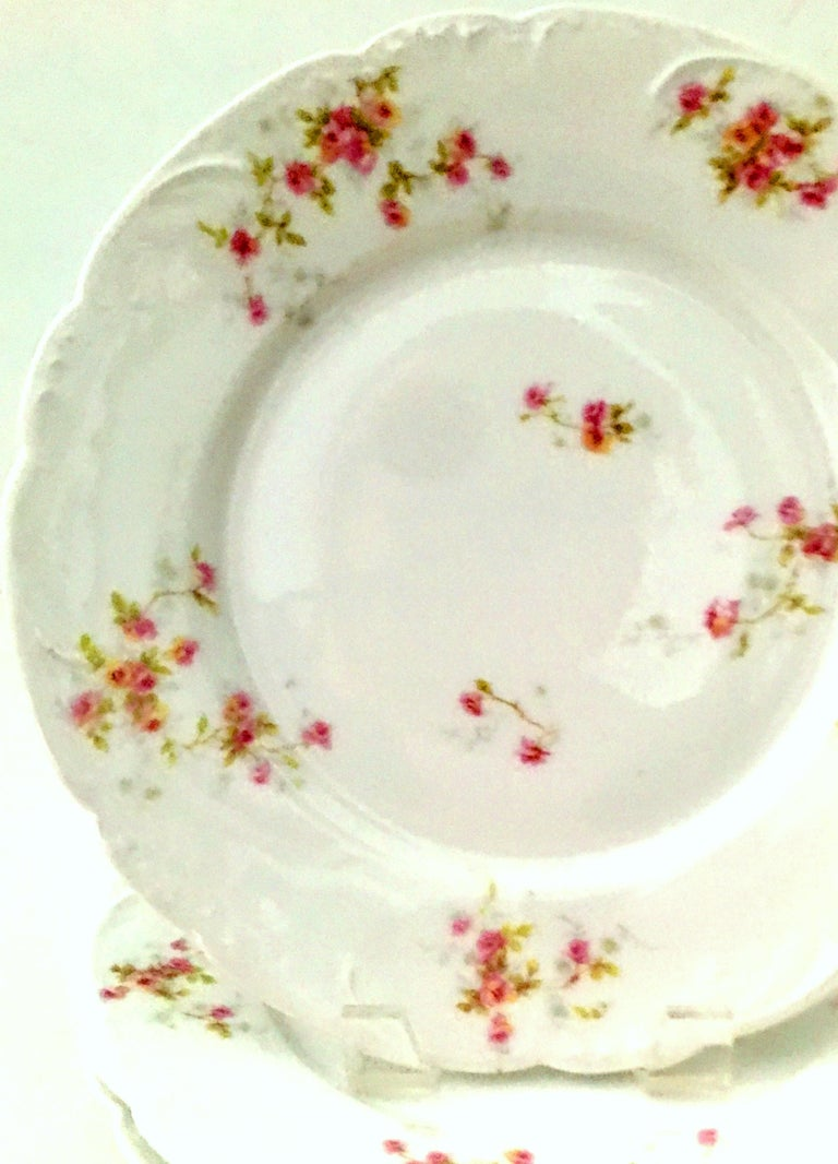 20th Century French Limoges Dinnerware by Theodore Haviland Set of Nine Pieces In Good Condition For Sale In West Palm Beach, FL