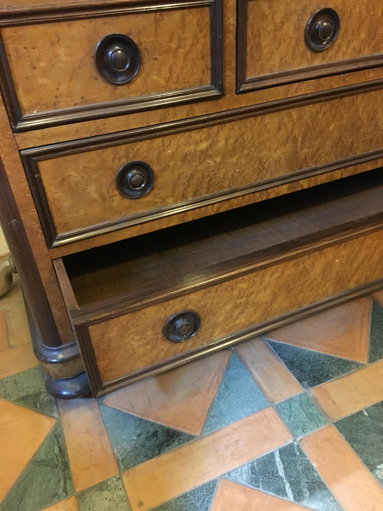 20th Century French Mahogany Briar-Root Vanity with Drawers and Carrara Marble For Sale 6