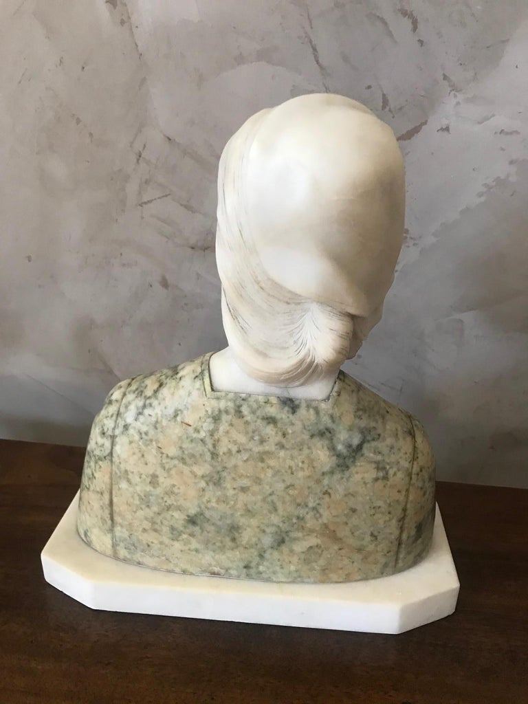 20th Century French Marble Woman Bust, 1920s For Sale 2