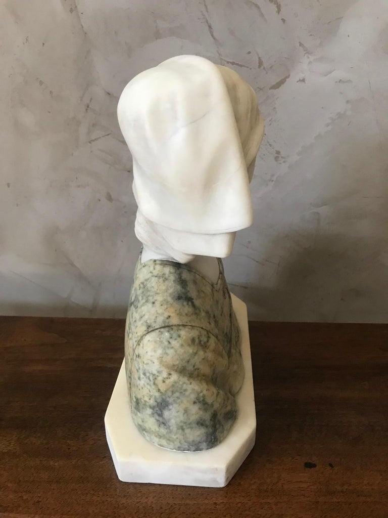 20th Century French Marble Woman Bust, 1920s For Sale 3