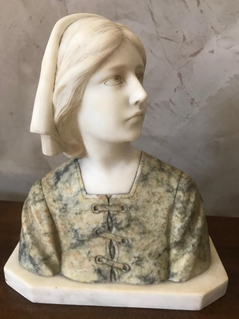20th Century French Marble Woman Bust, 1920s For Sale 5