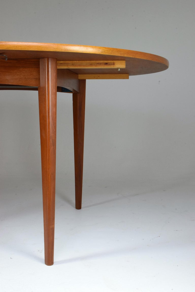 Mid-Century Modern 20th Century French Vintage Adjustable Dining Table, 1960s For Sale