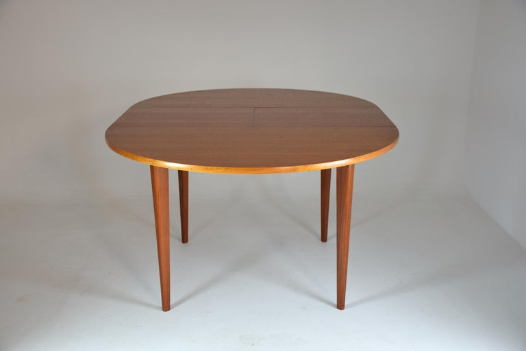 20th Century French Vintage Adjustable Dining Table, 1960s For Sale 2