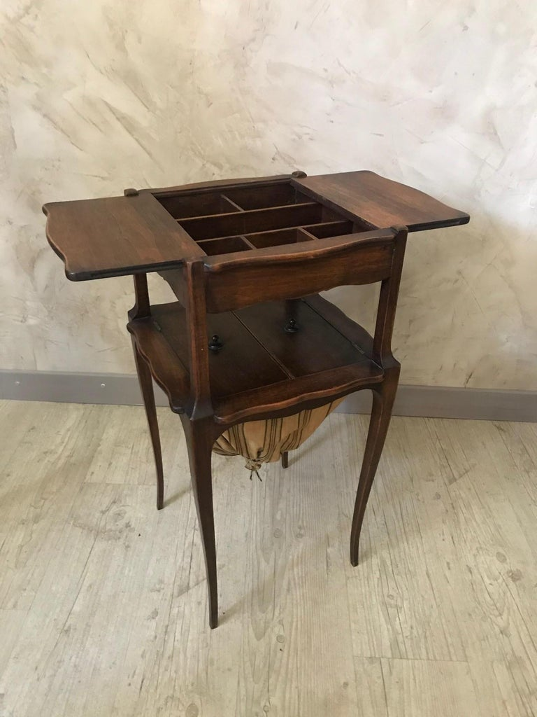 Early 20th Century 20th Century French Walnut Sewing Table, 1920s For Sale
