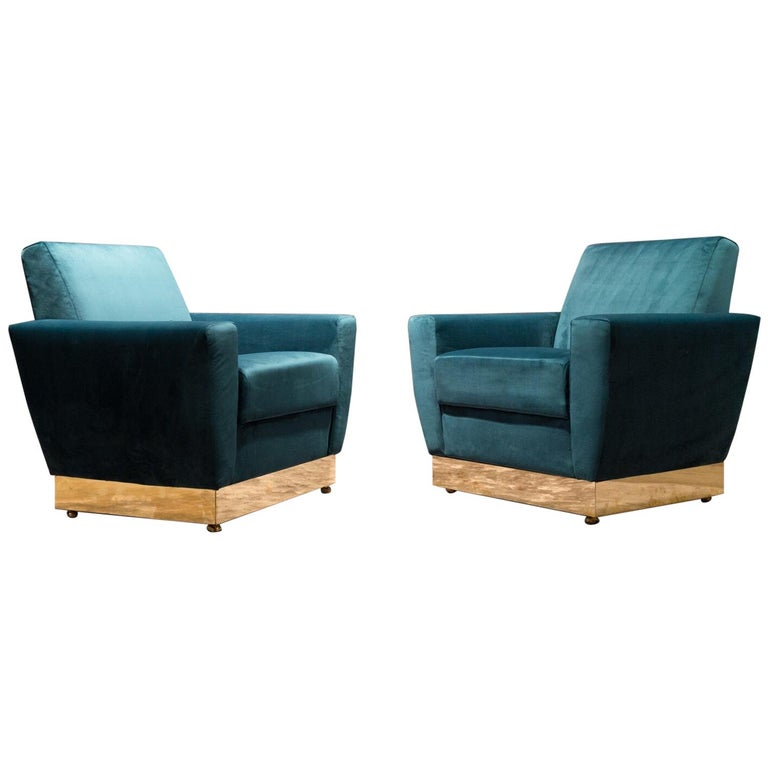 20th Century Geometrical Italian Blue Velvet and Brass Pair of Armchairs For Sale