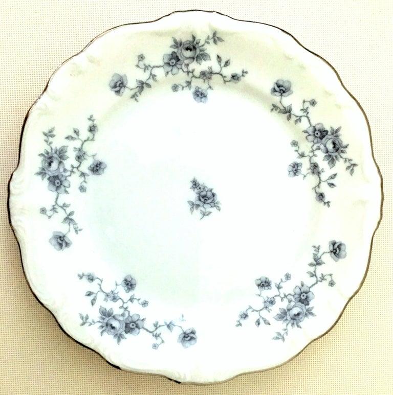 20th Century German Porcelain & Platinum Dinnerware Set of 18 by Johann Haviland For Sale 1