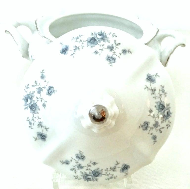 20th Century German Porcelain & Platinum Dinnerware Set of 21 by Johann Haviland In Good Condition For Sale In West Palm Beach, FL