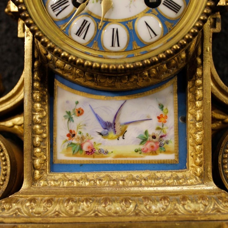 20th Century Gilded Bronze and Brass with Painted Ceramic French Clock, 1950 For Sale 6