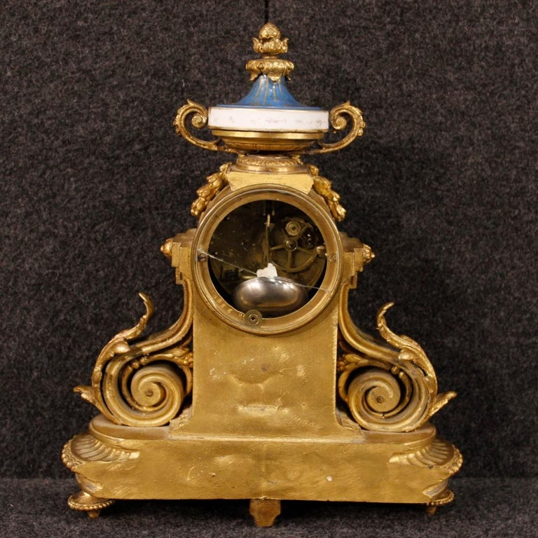 20th Century Gilded Bronze and Brass with Painted Ceramic French Clock, 1950 For Sale 2