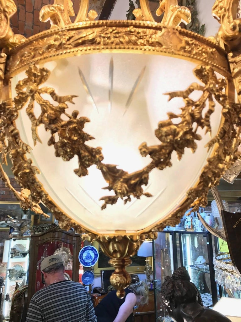 Brass 20th Century Gilt Bronze Chandelier in Louis XVI Style For Sale