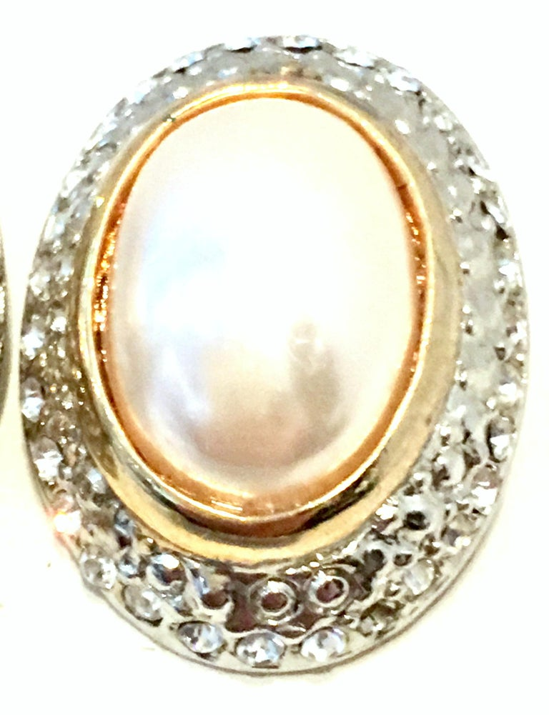 20th Century Givenchy Style Pair Of Austrian Crystal & Faux Pearl Earrings For Sale 3