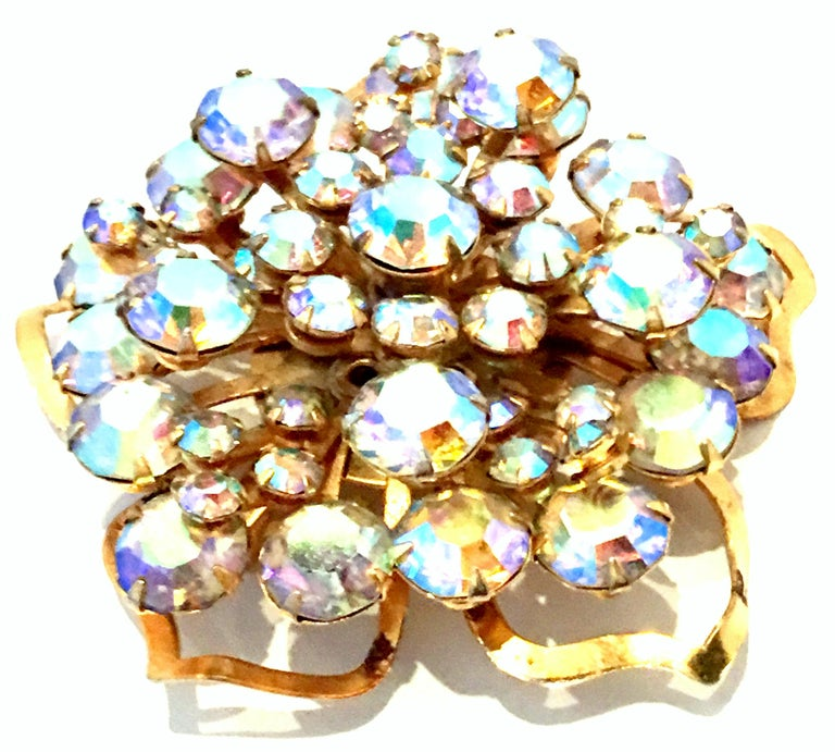 20th Century Gold & Austrian Crystal Dimensional Abstract Floral Brooch In Good Condition For Sale In West Palm Beach, FL