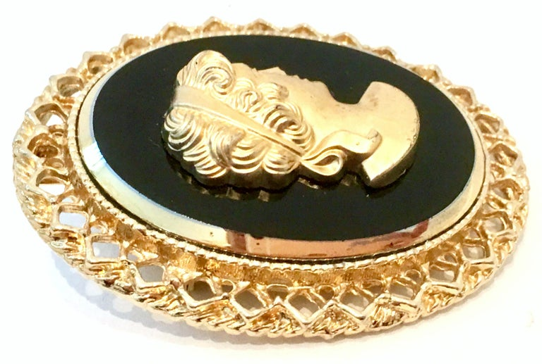 20th Century Gold Cut Glass Cameo Brooch & Necklace Pendant For Sale 1