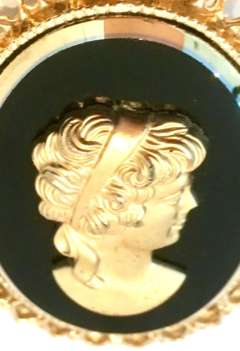 20th Century Gold Cut Glass Cameo Brooch & Necklace Pendant For Sale 2