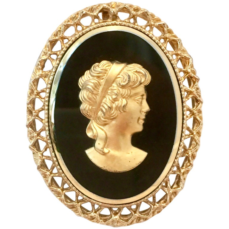 20th Century Gold Cut Glass Cameo Brooch & Necklace Pendant For Sale