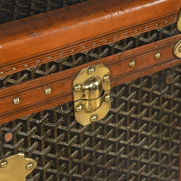 20th Century Goyard Large Wardrobe Trunk, circa 1920 For Sale 11