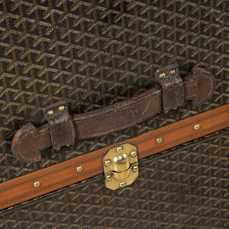 20th Century Goyard Large Wardrobe Trunk, circa 1920 For Sale 12