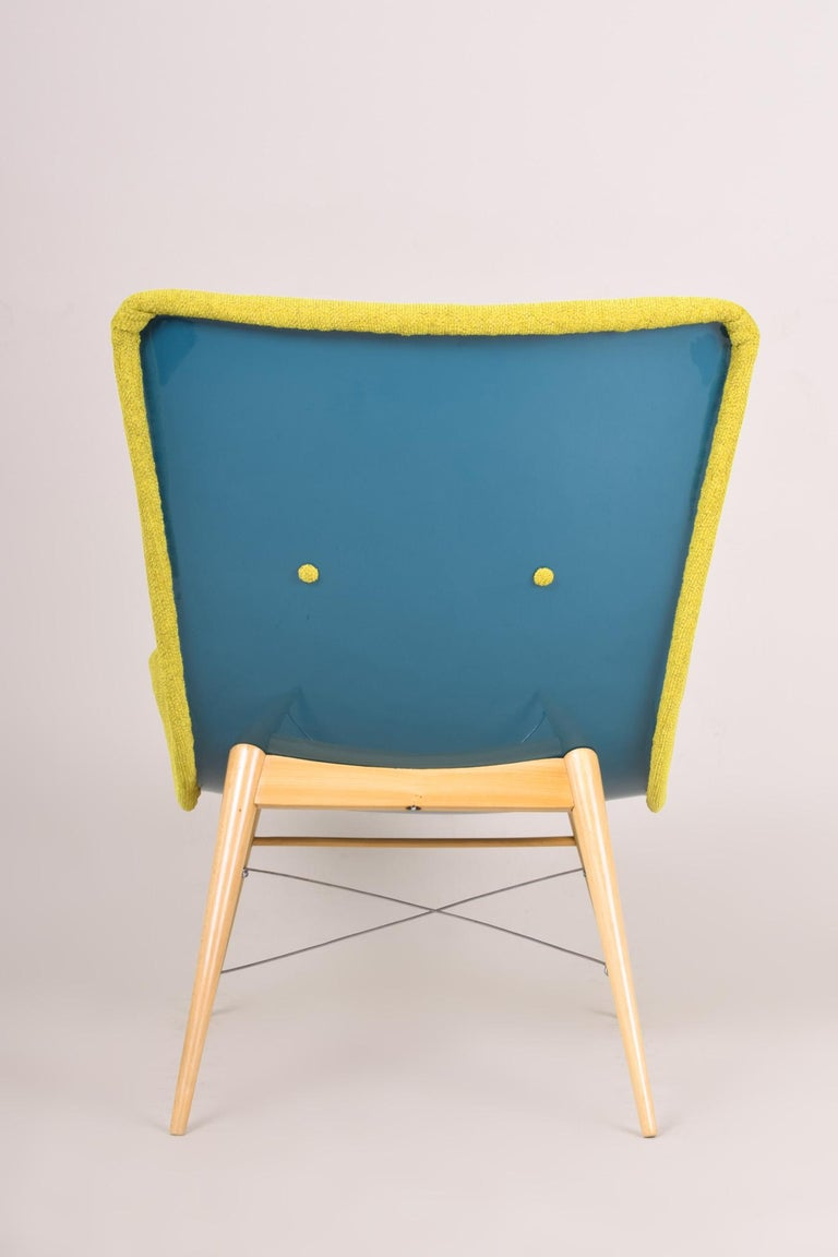 20th Century, Green Pair of Beech Armchairs, Czechia, 1950s, Completely Restored For Sale 5