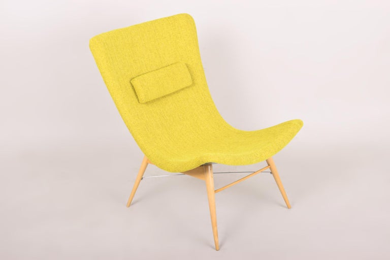 20th Century, Green Pair of Beech Armchairs, Czechia, 1950s, Completely Restored For Sale 2