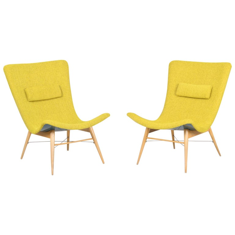 20th Century, Green Pair of Beech Armchairs, Czechia, 1950s, Completely Restored For Sale