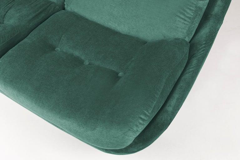 Hand-Crafted 20th Century Green Velvet Atlantis Sofa, 1960s For Sale
