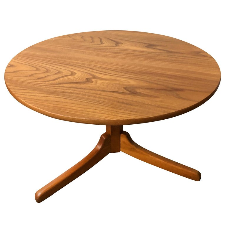 Mid-Century Modern 20th Century Gueridon Table, Swedish Side Table by Josef Frank For Sale