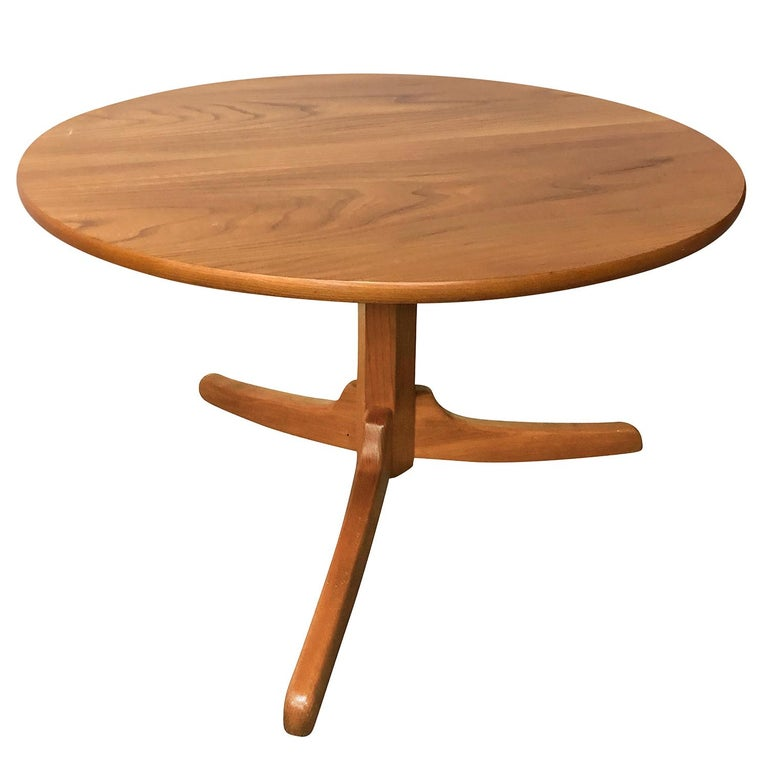 Hand-Carved 20th Century Gueridon Table, Swedish Side Table by Josef Frank For Sale