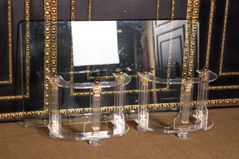 20th Century High Quality Acrylic Coffee Table with Gold Color For Sale 4