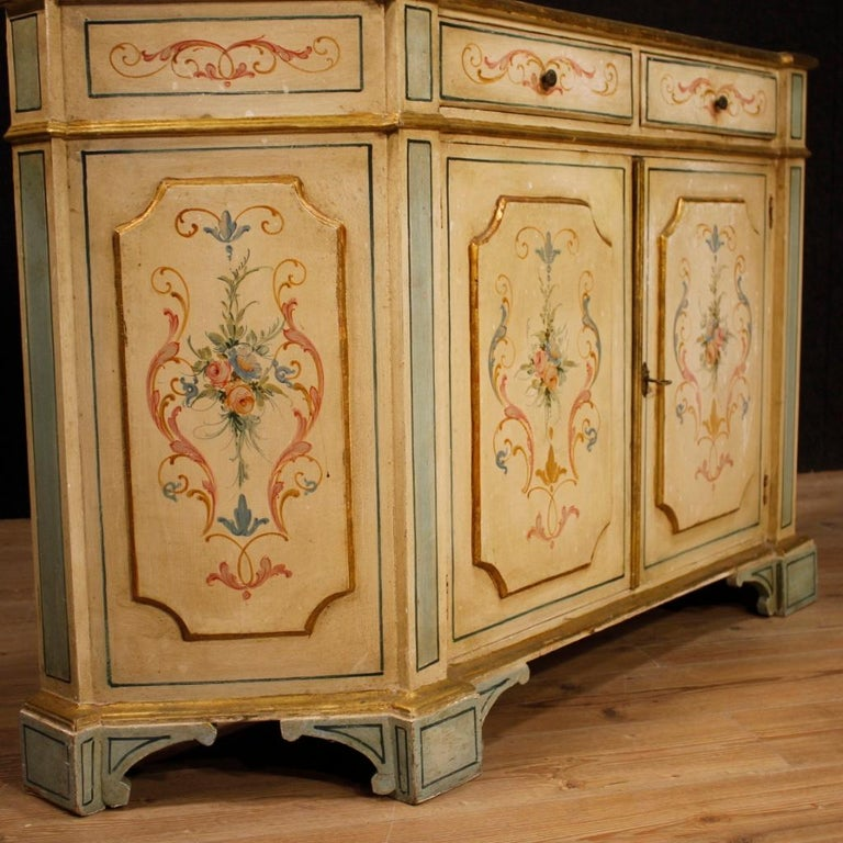 20th Century Painted And Gilded Wood Venetian Sideboard, 1960 For Sale 2