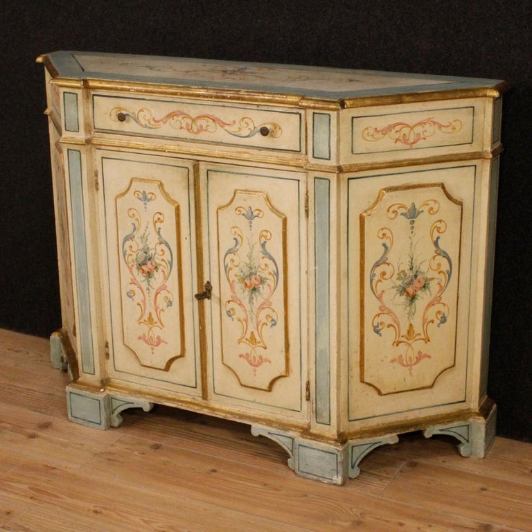 20th Century Painted and Gilded Wood Venetian Sideboard, 1970 For Sale 6