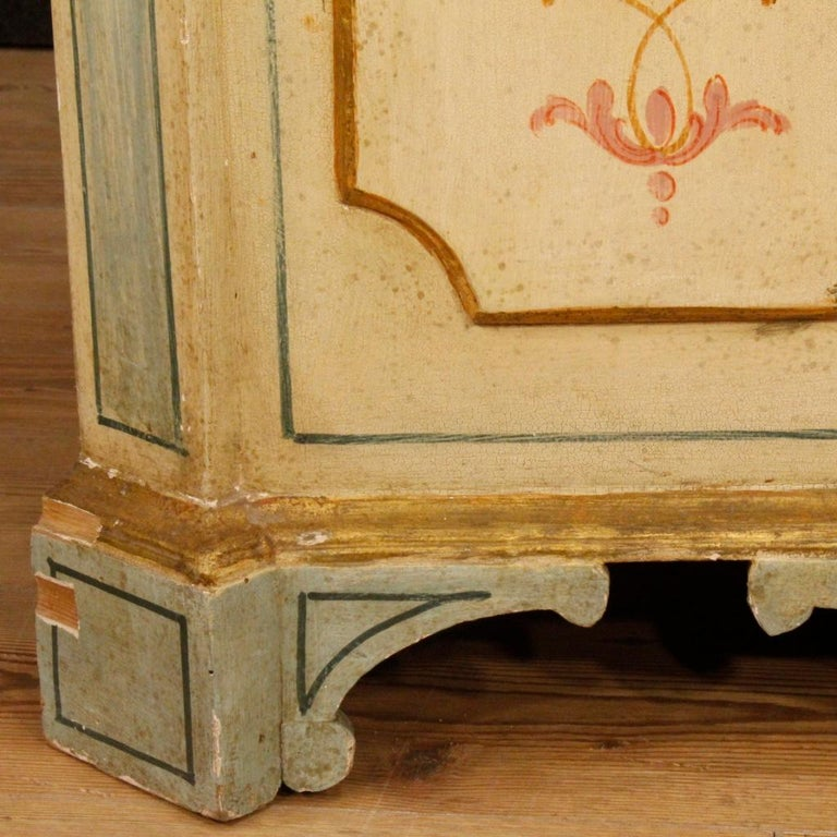 20th Century Painted and Gilded Wood Venetian Sideboard, 1970 For Sale 1