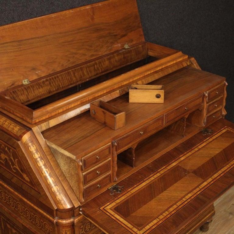 20th Century Inlaid Wood Italian Louis XVI Maggiolini Style Bureau Desk, 1960 In Good Condition For Sale In Vicoforte, Piedmont